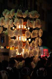 photo,material,free,landscape,picture,stock photo,Creative Commons,Buddhist memorial service many lamps, tower for Taho-nyorai, Many lamps, line, artificial flower