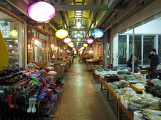 photo,material,free,landscape,picture,stock photo,Creative Commons,Gyeongju market, store, An arcade, market, At night