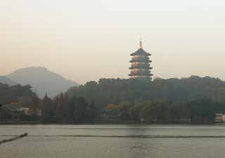 photo,material,free,landscape,picture,stock photo,Creative Commons,Xi-hu lake, thunder peak tower, Saiko, surface of a lake,