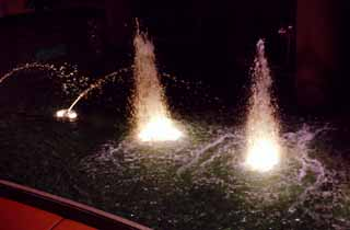 photo,material,free,landscape,picture,stock photo,Creative Commons,Lighted-up fountain, fountain, light, spray, splash