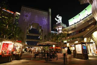 photo,material,free,landscape,picture,stock photo,Creative Commons,Shopping center of night, sightseeing spot, Hollywood, Shopping mall, chair