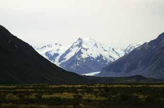 photo,material,free,landscape,picture,stock photo,Creative Commons,The mountain near Mount Cook, , , ,