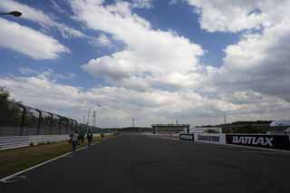 photo,material,free,landscape,picture,stock photo,Creative Commons,Suzuka Circuit, Racing ground, Asphalt, The first corner,