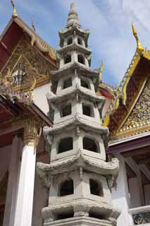 photo,material,free,landscape,picture,stock photo,Creative Commons,A tower for the repose of souls of Wat Suthat, temple, Buddhist image, tower for the repose of souls, Bangkok