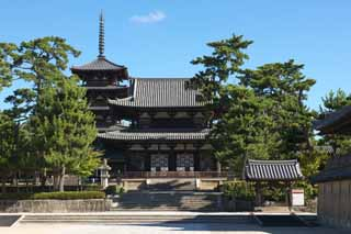 photo,material,free,landscape,picture,stock photo,Creative Commons,Horyu-ji Temple, Buddhism, gate built between the main gate and the main house of the palace-styled architecture in the Fujiwara period, Five Storeyed Pagoda, The facilities