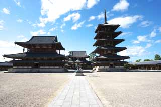 photo,material,free,landscape,picture,stock photo,Creative Commons,Horyu-ji Temple, Buddhism, sculpture, Five Storeyed Pagoda, An inner temple