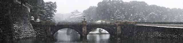 photo,material,free,landscape,picture,stock photo,Creative Commons,Snow Double Bridge, Moat, Palace, Imperial Guard, Snowfall