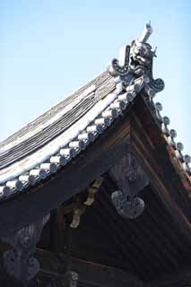 photo,material,free,landscape,picture,stock photo,Creative Commons,Gate on To-ji Temple , Buddhism, Roof tile, World Heritage, Oni