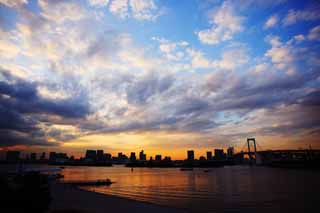 photo,material,free,landscape,picture,stock photo,Creative Commons,Dusk of Odaiba, bridge, cloud, date course, seaside newly developed city center