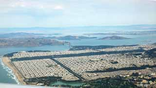 photo,material,free,landscape,picture,stock photo,Creative Commons,San Francisco whole view, Golden Gate Bridge, Downtown, residential area, division