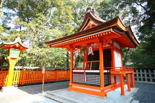 photo,material,free,landscape,picture,stock photo,Creative Commons,Fushimiinari professional jester, New Year's visit to a Shinto shrine, I am painted in red, Inari, fox