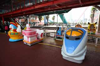 photo,material,free,landscape,picture,stock photo,Creative Commons,Yokohama Cosmo world, Doraemon, sightseeing spot, roller coaster, game institution